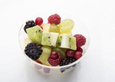 Tarrina-de-frutas-naturales-1030x687